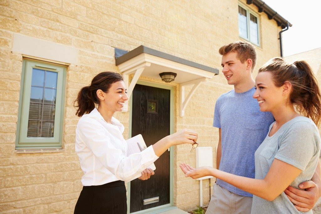 Couples Buying New Property