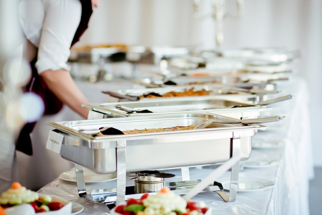 Food trays in catering event